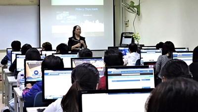 11 tiêu chuẩn đánh giá chất lượng chương trình đào tạo đại học từ xa