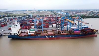Đoàn tàu đầu tiên tuyến đường sắt Nhổn - ga Hà Nội cập cảng Hải Phòng