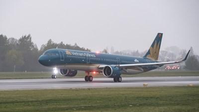 Hàng loạt chuyến bay đổi giờ đi, đến miền Trung để tránh 'siêu bão' số 9
