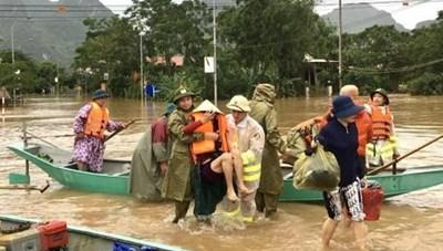 Xử phạt 4 trường hợp đăng tải thông tin sai sự thật về lũ lụt trên mạng xã hội 
