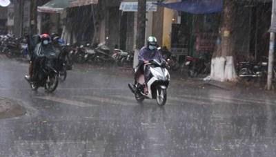 Ngày mai các tỉnh Bắc Bộ có mưa, mưa rào, trời lạnh