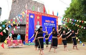 Kon Tum: Thôn Plei Jơ Drợp tổ chức điểm Ngày hội Đại đoàn kết