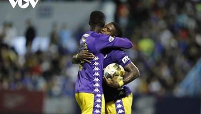 Sau Kebe, Hà Nội FC tiếp tục chia tay 'trọng pháo' Pape Omar Faye