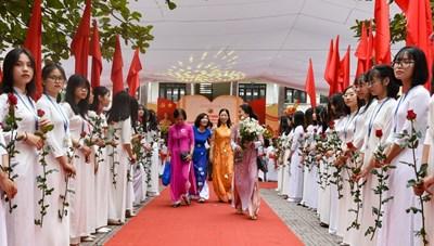 Nam Định: Trường THPT chuyên Lê Hồng Phong kỷ niệm 100 năm thành lập
