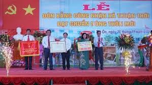 Vĩnh Long: Xã Thuận Thới đón bằng công nhận đạt chuẩn nông thôn mới