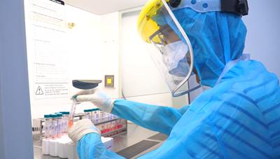 Bộ Y tế xác nhận 2 người lây Covid-19 từ BN1347