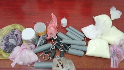 4 học sinh ở Hà Tĩnh chế tạo pháo để sử dụng