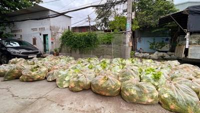 Tặng 113 tấn rau củ quả tươi cho thành phố mang tên Bác