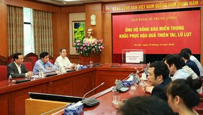 Ban Kinh tế Trung ương và Bộ Ngoại giao ủng hộ đồng bào miền Trung