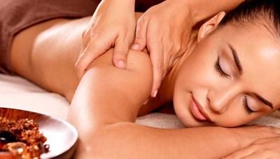 Áp thuế với dịch vụ massage, cắt tóc, gội đầu