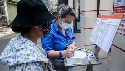 Điểm bán hàng lưu động phục vụ người dân quận Ba Đình