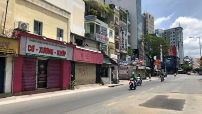 TP HCM: Nhiều cửa hàng chưa sẵn sàng bán hàng mang đi