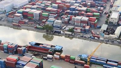 Cử tri kiến nghị di dời sớm cụm cảng  khu vực phía Đông TP HCM