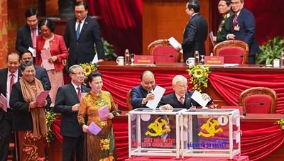 [ẢNH]Bỏ phiếu bầu Ban Chấp hành Trung ương khóa XIII