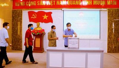 Mặt trận tỉnh Phú Thọ tiếp tục phát động tham gia ủng hộ phòng, chống dịch Covid-19