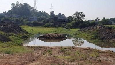 Thanh Hóa: Hai anh em đuối nước dưới hố sâu