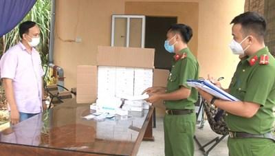 Phát hiện 1.000 que test nhanh Covid-19 nhập lậu vào Ninh Bình