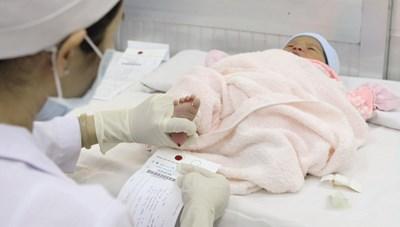 Lợi ích của sàng lọc trước sinh và sơ sinh
