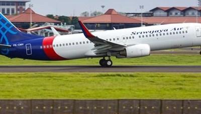Máy bay Boeing 737-500 của hãng hàng không Indonesia mất tích bí ẩn