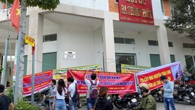 Bình Dương: Bắt tạm giam lãnh đạo một công ty bất động sản bị tố lập dự án 'ma'
