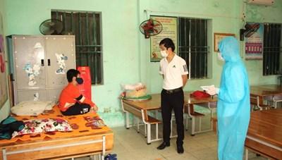 Bộ Y tế hướng dẫn cách ly tại nhà mới nhất cho trẻ dưới 15 tuổi