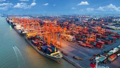Xuất nhập khẩu tăng trưởng tích cực, xuất siêu gần 3 tỷ USD