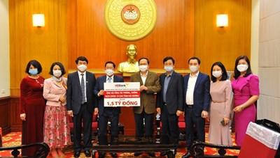 BẢN TIN MẶT TRẬN: HDBank ủng hộ tỉnh Hải Dương 1,5 tỷ đồng