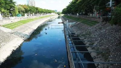 Sông, hồ bị ô nhiễm: Cần giải pháp xử lý tận gốc