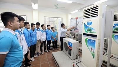 Đề xuất trường cao đẳng được quyết định tự chủ chương trình đào tạo chất lượng cao