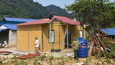 Hỗ trợ nhà ở cho người nghèo tại Hang Kia