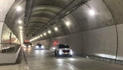 Hầm Hải Vân tăng phí, nhiều chủ phương tiện đi đường đèo