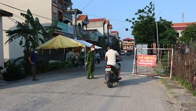 Bắc Ninh:Tạm đình chỉ công tác Chủ tịch UBND vi phạm trong phòng, chống dịch