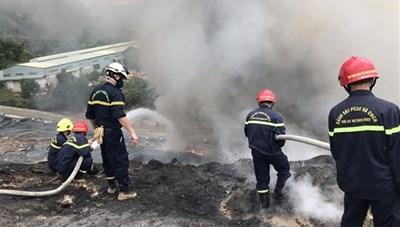 Bãi rác Khánh Sơn (Đà Nẵng): Cháy do khí metan tăng đột biến