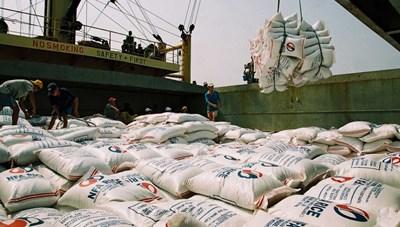 Chớp thời cơ xuất khẩu gạo