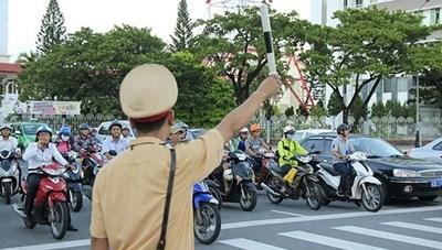 Chính phủ trình Quốc hội Dự án Luật Bảo đảm trật tự, an toàn giao thông đường bộ