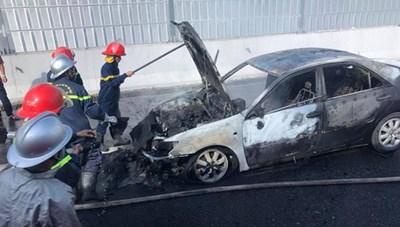 Sáu người may mắn thoát chết trong hai vụ cháy ở Hà Nội