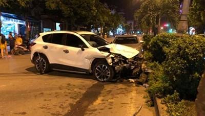 Thanh niên 18 tuổi gây tai nạn liên hoàn, một người tử vong