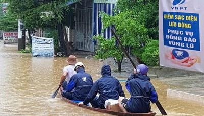 VNPT kịp thời hỗ trợ khách hàng trong bão số 6, số 7