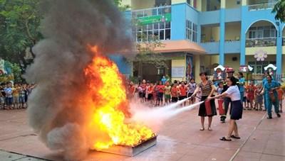 Dạy kỹ năng phòng cháy, chữa cháy trong trường học thế nào?