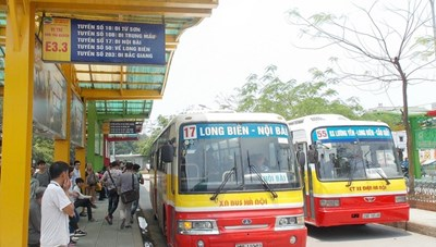 Xe buýt Hà Nội: Nhiều nhưng chưa thuận tiện