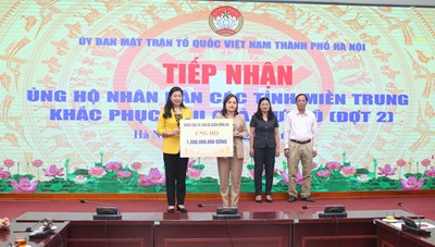 Hà Nội tiếp nhận hơn 14 tỷ đồng ủng hộ đồng bào miền Trung