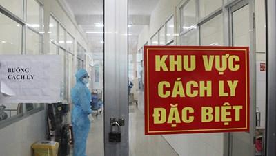 Thêm 2 chuyên gia Ấn Độ và 1 người Việt Nam nhập cảnh mắc Covid-19