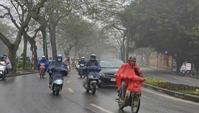 Miền Trung mưa lớn, Hà Nội trời lạnh dưới 20 độ C