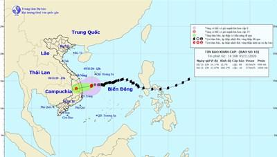Bão số 10 gây mưa lớn ở miền Trung, cảnh báo lũ quét, sạt lở đất
