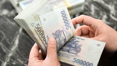 Kiến nghị Chính phủ chưa tăng lương tối thiểu vùng năm 2021