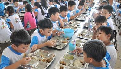 Ngăn thực phẩm bẩn vào nhà trường