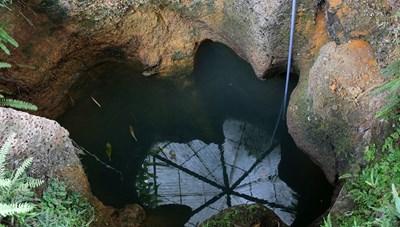 [ẢNH] Bí ẩn 99 giếng cổ thiên tạo trong một làng ở Hà Nội