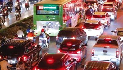 [ẢNH] BRT nhanh hóa chậm
