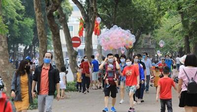 Tháng 11, khách du lịch đến Hà Nội tăng