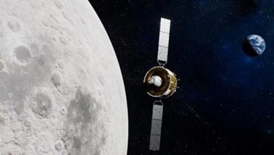 Tàu vũ trụ Trung Quốc mang theo mẫu đất đá Mặt trăng về Trái đất